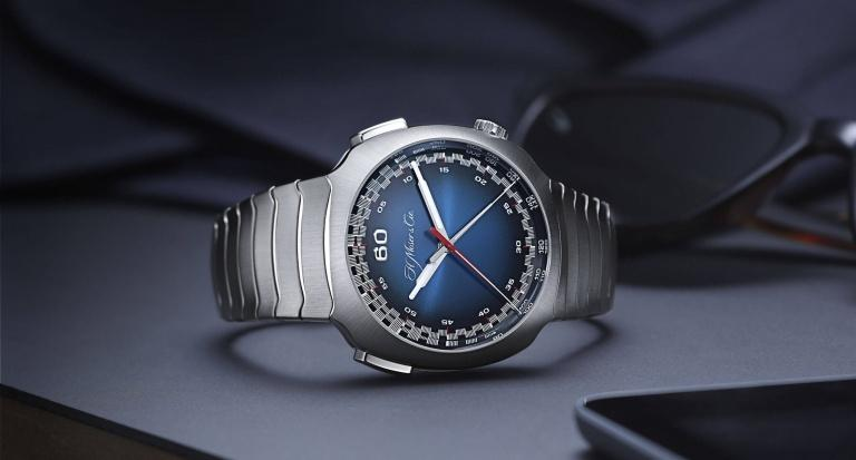 H. MOSER & CIE STREAMLINER FLYBACK CHRONOGRAPH AUTOMATIC 42.3mm 6902-1201 Bleu