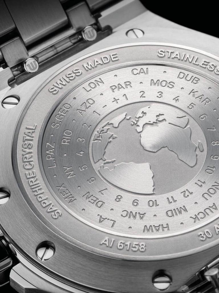 MAURICE LACROIX AIKON VENTURER GMT 43mm AI6158-SS001-330-2 Black